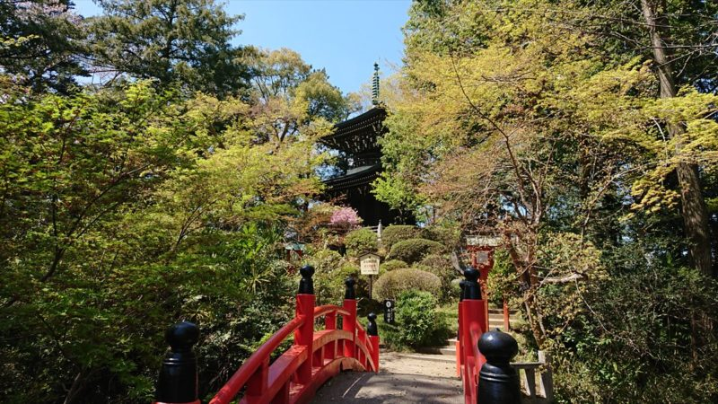総欅造りの多宝塔「平和の塔」