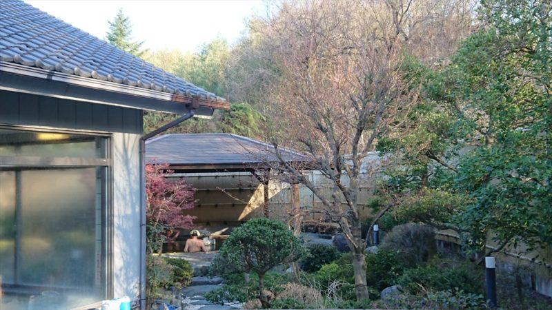 武甲温泉の露天風呂