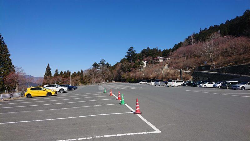平日朝9時頃の第1駐車場