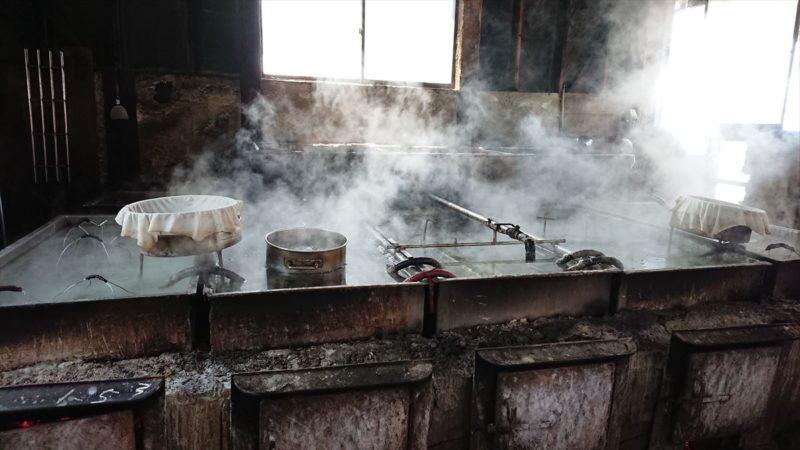 塩作りの工房見学