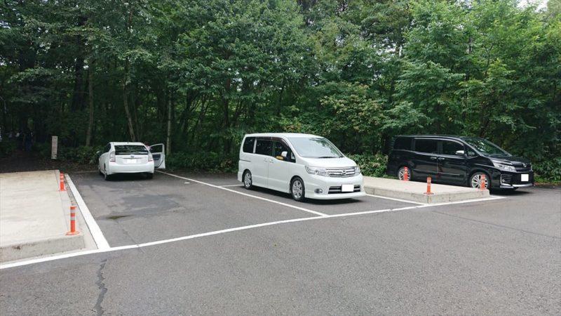 おしらじの滝の駐車場