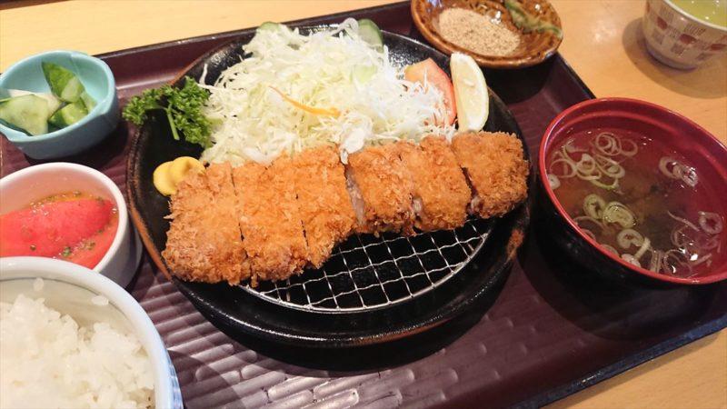 和豚もちぶたのとんかつ定食