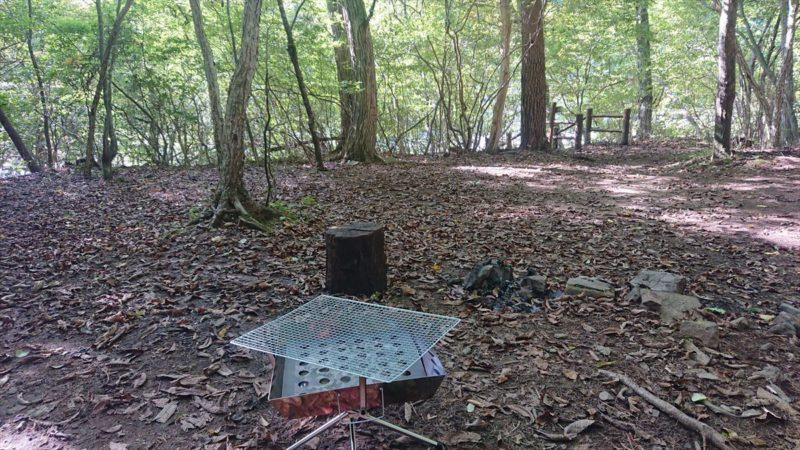 フリーのテントサイトは直火も可能