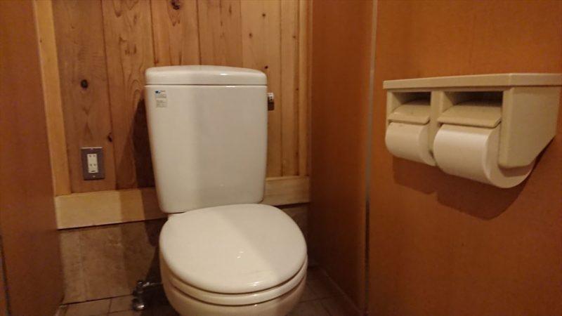 中津川村キャンプ場はトイレがきれい!