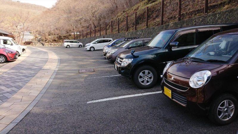 鹿の湯へのアクセスと駐車場